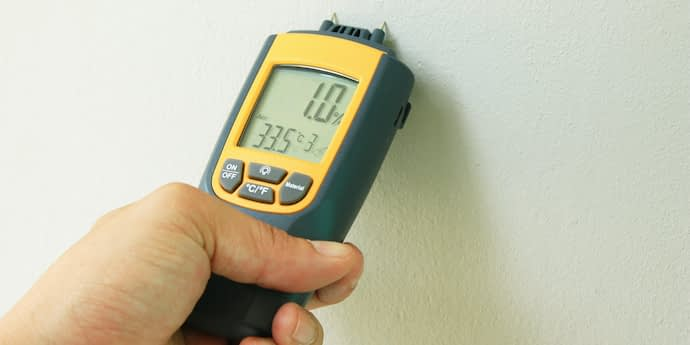 home inspection using moisture meter